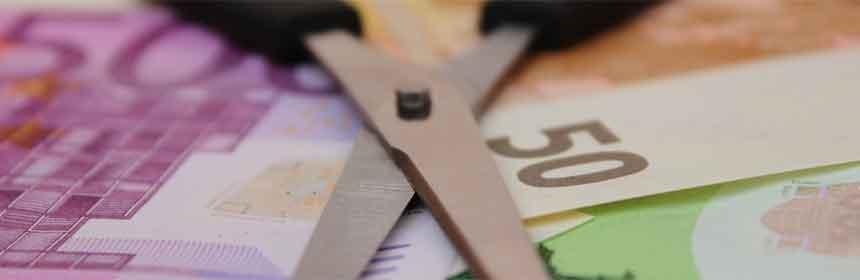 Schere und Geld