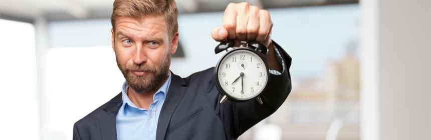 Uhr und Zeitgrenzen